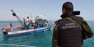 احباط عملية اجتياز الحدود البحرية خلسة لـ 17 شخصا من بينهم إمرأتين ورضيعين