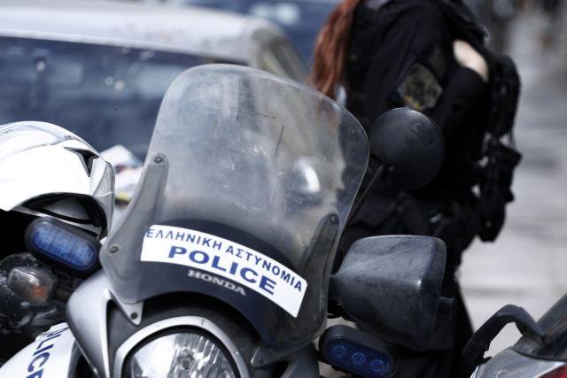 Συνελήφθησαν 2 Αστυνομικοί και ένας Υπαξιωματικός του ΠΝ σε κύκλωμα εκβιαστών (ΒΙΝΤΕΟ)