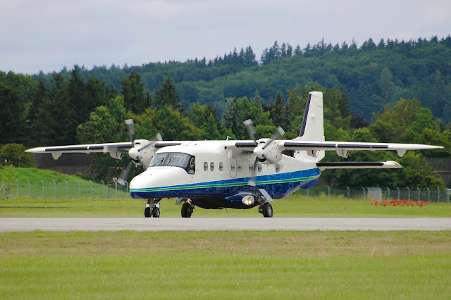 Do-228NG en tierra