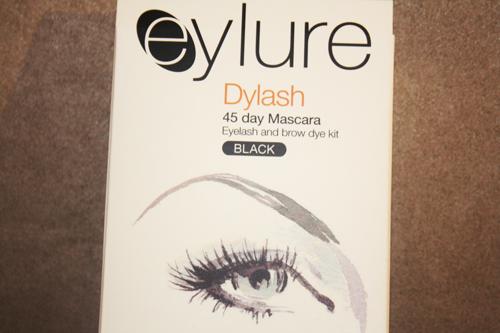 eylure lash tinting black dye in its packaging