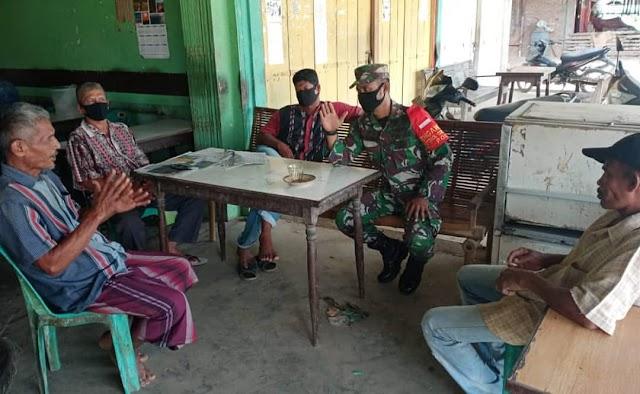 Perkuat Hubungan Silaturahmi Babinsa Koramil 09/ Makmur, Rutin Melaksanakan Komsos