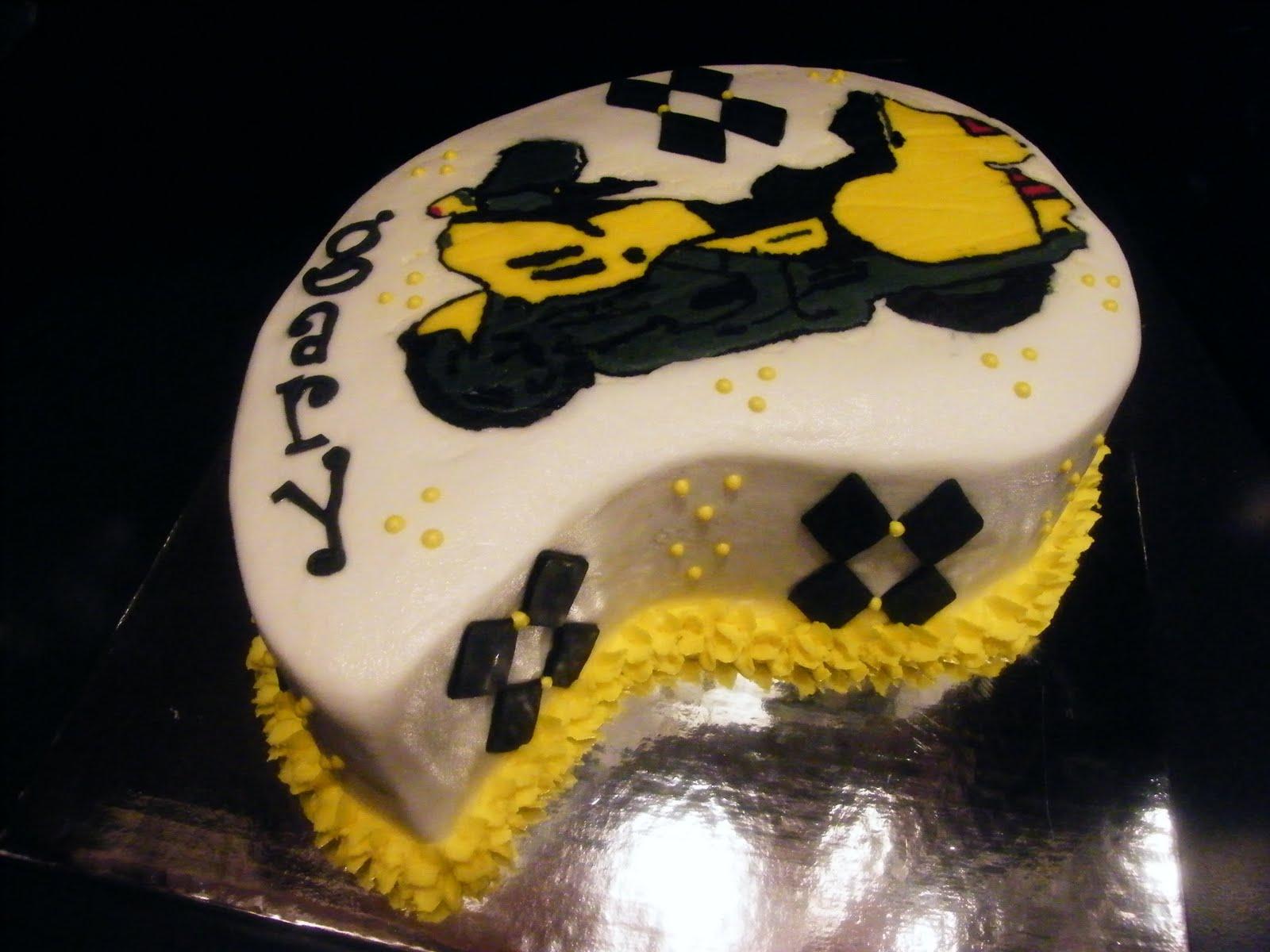 Simply Cakes 'N More: Goldwing Motorcycle Cake