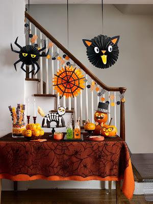 In Door Halloween Decorating Images