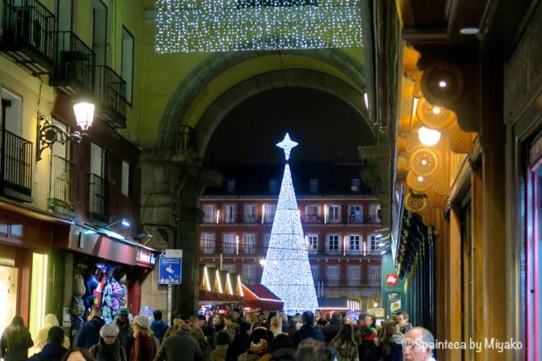 Plaza Mayor en Madrid クリスマス時期のマドリードのマヨール広場