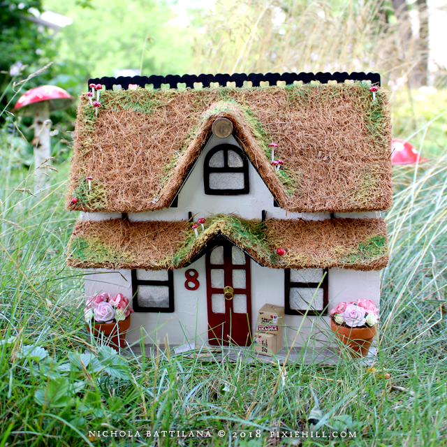 A little cottage - Nichola Battilana