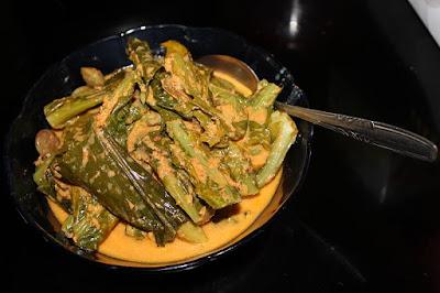Makanan khas padang gulai kapau