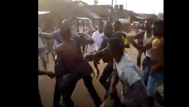 See What Angry Mob Did To A Guy Who Stole Iphone 6 In Benin Yesterday