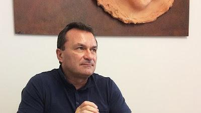 http://www.firstcisl.it/nazionale/news/first-cisl-2013-romani-201cbene-emendamento-decreto-salva-risparmio-ma-tetto-salari-manager-venga-applicato-per-legge-non-solo-a-banche-interessate-da-aiuti-statali201d