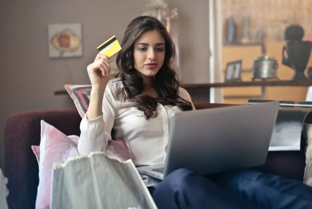 how to manage finace, credit card, lifestyle