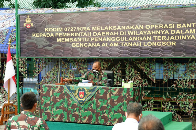 Kodim Karanganyar - Wakili Danrem 074/Warastratama, Kepala Staf Korem Tutup Latihan Posko I Kodim Karanganyar