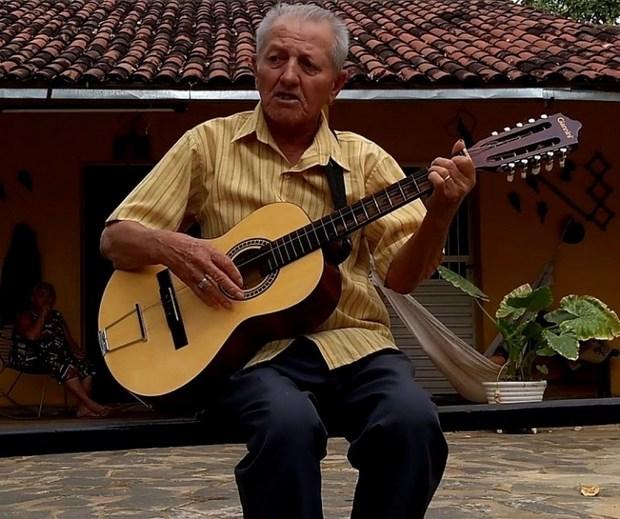 Morre aos 76 anos de idade o poeta repentista e violeiro Mila Lourenço