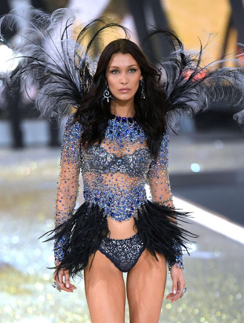 Bella Hadid – 2016 Victoria's Secret Fashion Show Runway in Paris