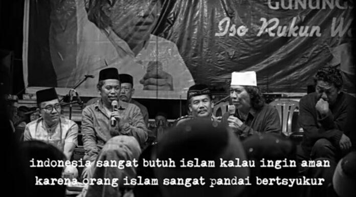 Cak Nun: Indonesia Butuh Islam Jika Ingin Terus Aman!