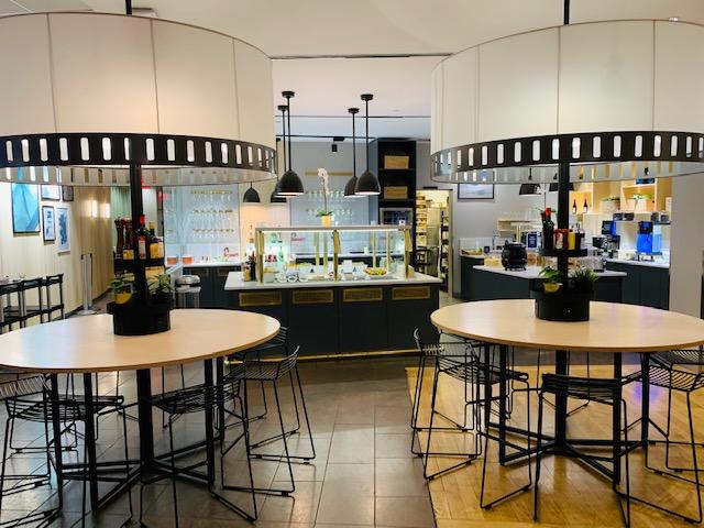 SAS Lounge Review at Newark Liberty Airport EWR