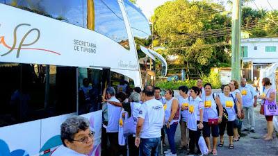 Crianças da Rede Municipal de Ensino e Grupo da Melhor Idade de Juquiá Visitam Pontos Turísticos da Capital Paulista