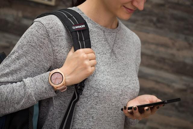 5 Profesi Ini Tidak Bisa Jauh Dari Smartphone