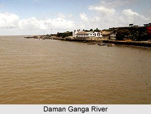Daman Ganga river in Daman City