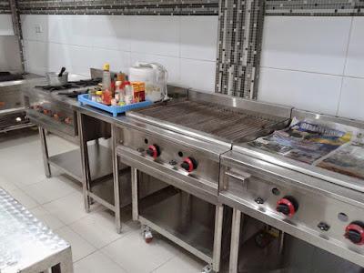 Desain Interior Kitchen Set Untuk Restoran