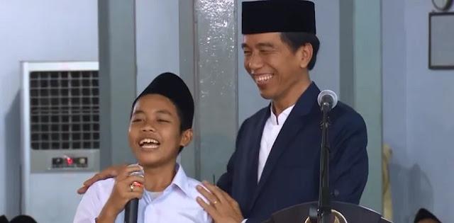 Luar Biasa, Santri Ini Ternyata Sudah Prediksi Prabowo Jadi Menteri Sejak Tiga Tahun Lalu