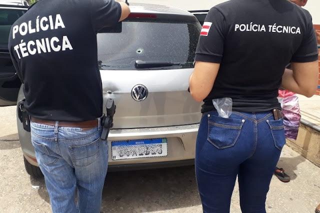Ex-vereador e advogado tem carro atingido por tiros em Brumado