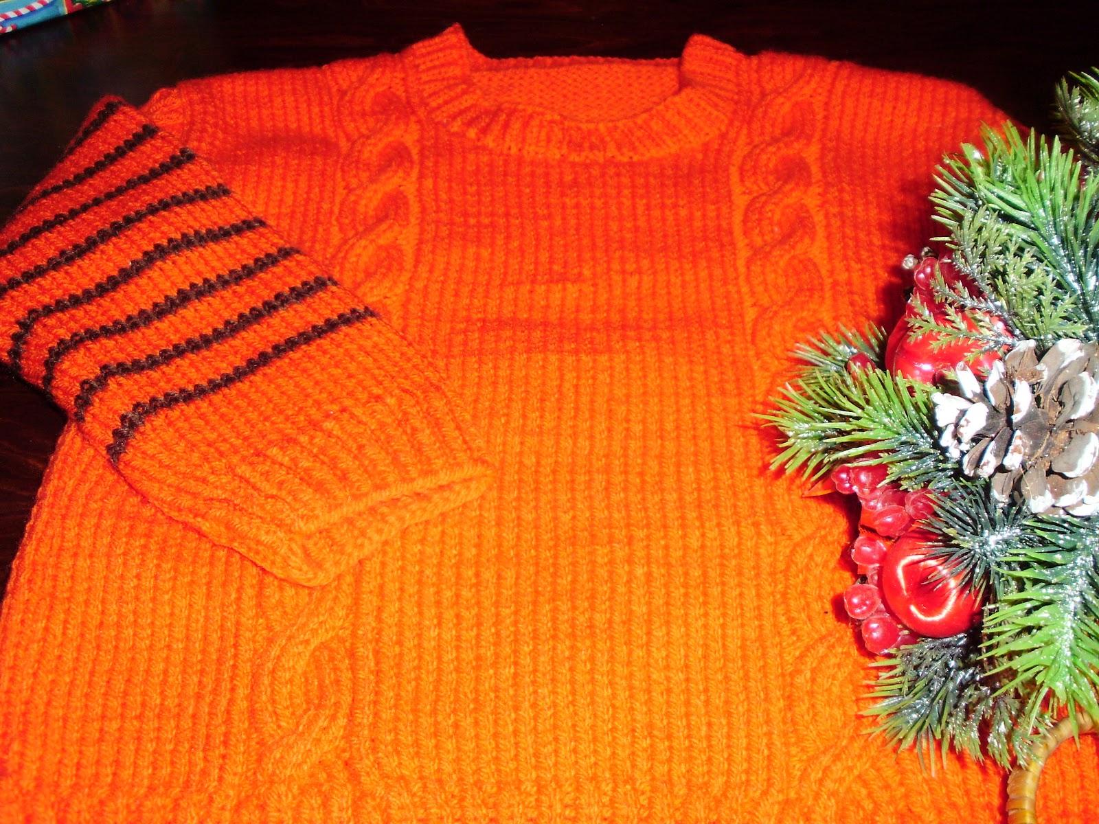 2ef3dcb3e2b Χειροποίητο παιδικό πλεκτό πουλοβεράκι με σχέδιο πλεξίδα, σε πορτοκαλί  χρώμα και ρίγες καφέ στο μανίκι - για κοριτσάκια