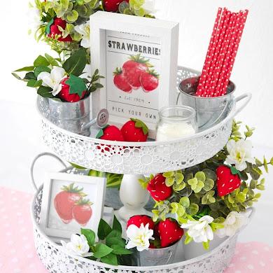 DIY Strawberry Farmhouse Decor + FREE Felt Strawberry Template