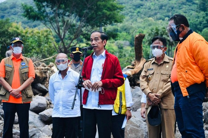 "Kunjungi NTT, Jokowi ""Dengar"" Keluhan Rakyat Soal Mahalnya Harga BBM"