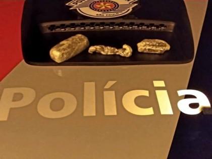 Homem é preso com droga na cueca na Vila Cavaru Em Osvaldo Cruz