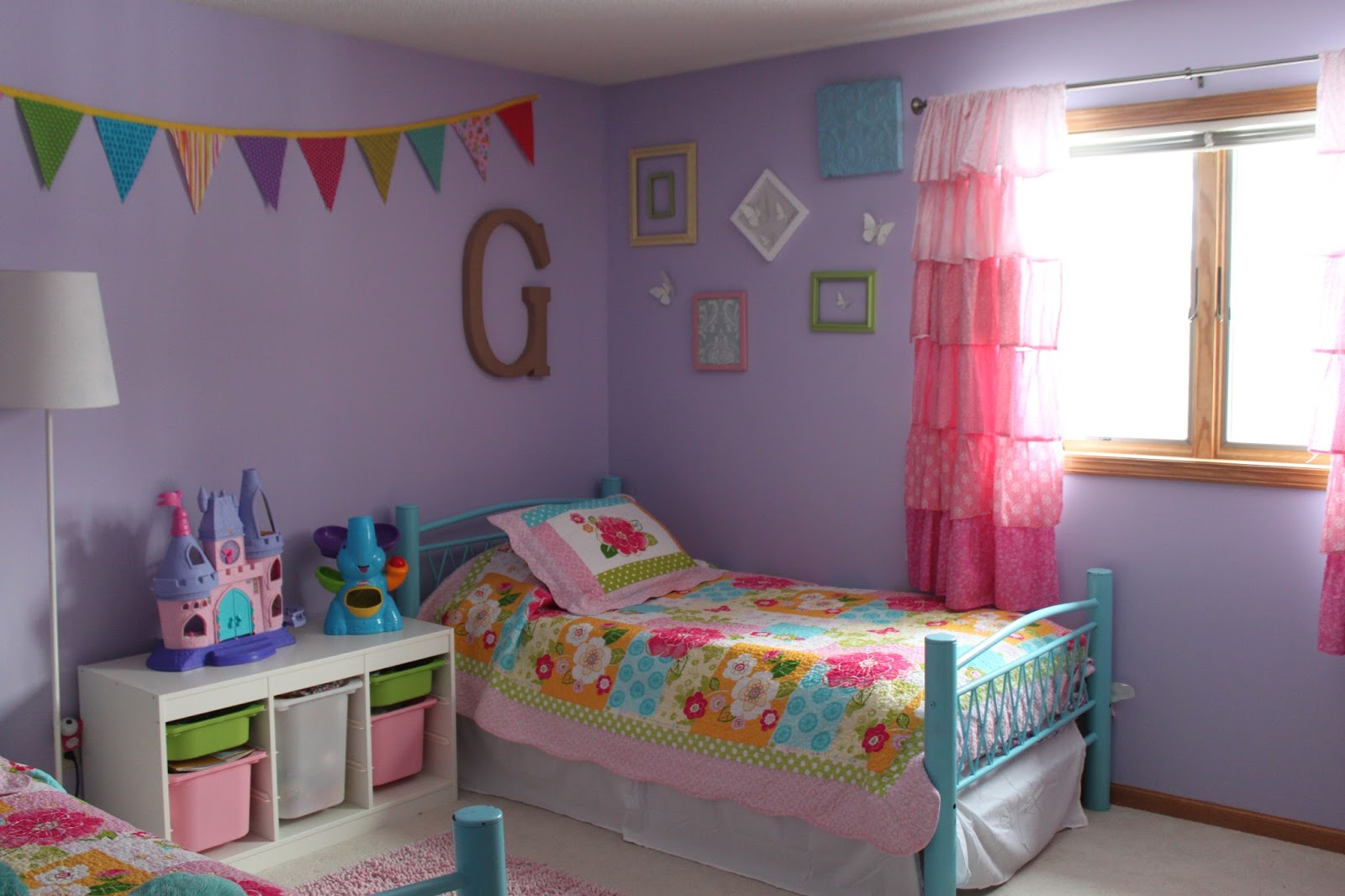 thatssewnina our girly room