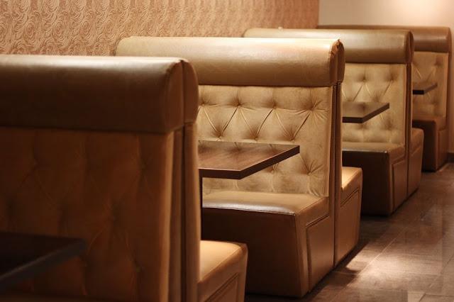 bàn ghế sofa quán cafe
