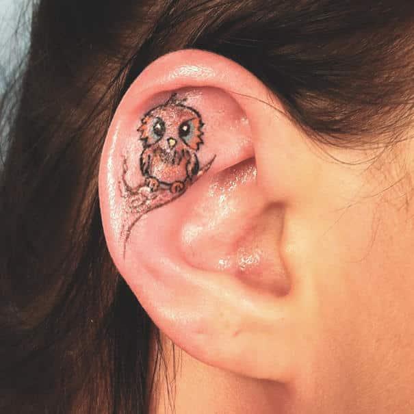 oreille-tatouage féminin-3