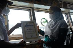 Pelabuhan Kayangan Berlakukan Tiket Elektronik