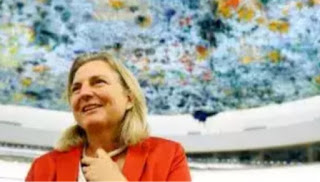 Austrian Foreign Minister Karin Kneissl says Russia and Ukraine should de-escalate the situation in the Sea of Azov and solve the conflict without the use of force.