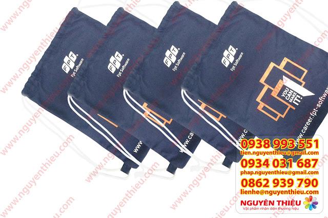 Công ty chuyên may túi rút, may túi vải bố, may túi vải canvas, may túi rút quà tặng theo yêu cầu