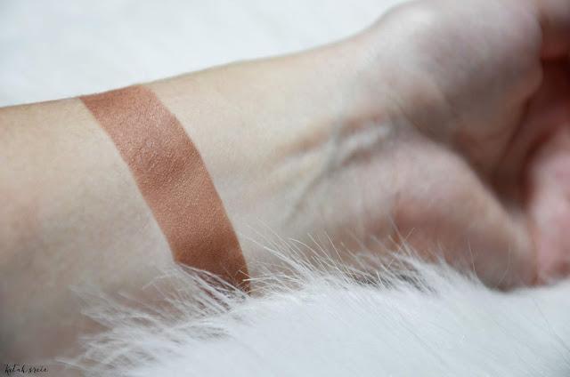 Kutak-srece-mac-cosmetics-bronzing-powder-matte-bronze-swatch_notinohr