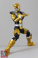 Lightning Collection Beast Morphers Gold Ranger 13