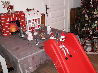 ski noel lutin elf on the shelf elfe betises idée selection