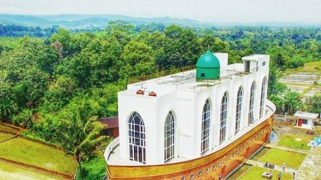 Lokasi Masjid Kapal Semarang