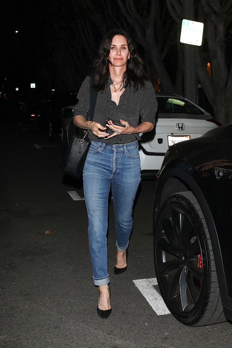 Courteney Cox Clicked in Denim Out on Melrose Place 27 Feb -2020
