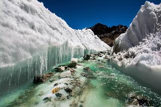 क्षेत्र में पिघलते ग्लेशियर (फोटोः विकिमीडिया कॉमन्स)