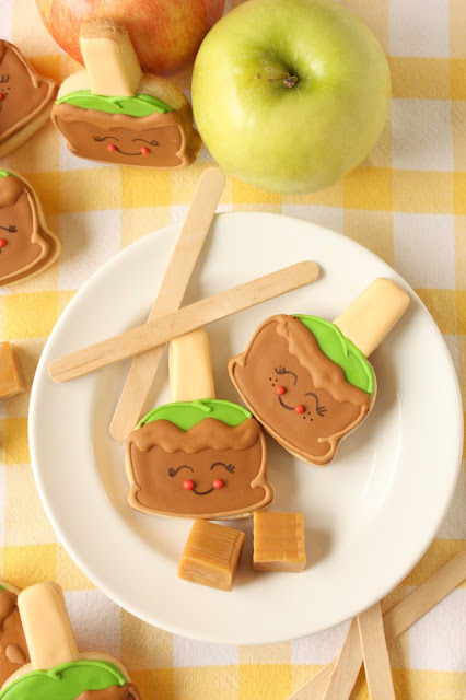 caramel apple sugar cookie pops