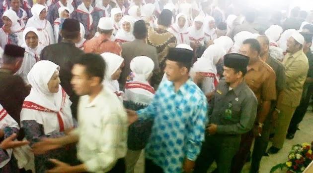 Rombongan Haji Selayar, 2013 Insya Allah Tiba Kembali, Minggu 10 Nopember 2013, Siang
