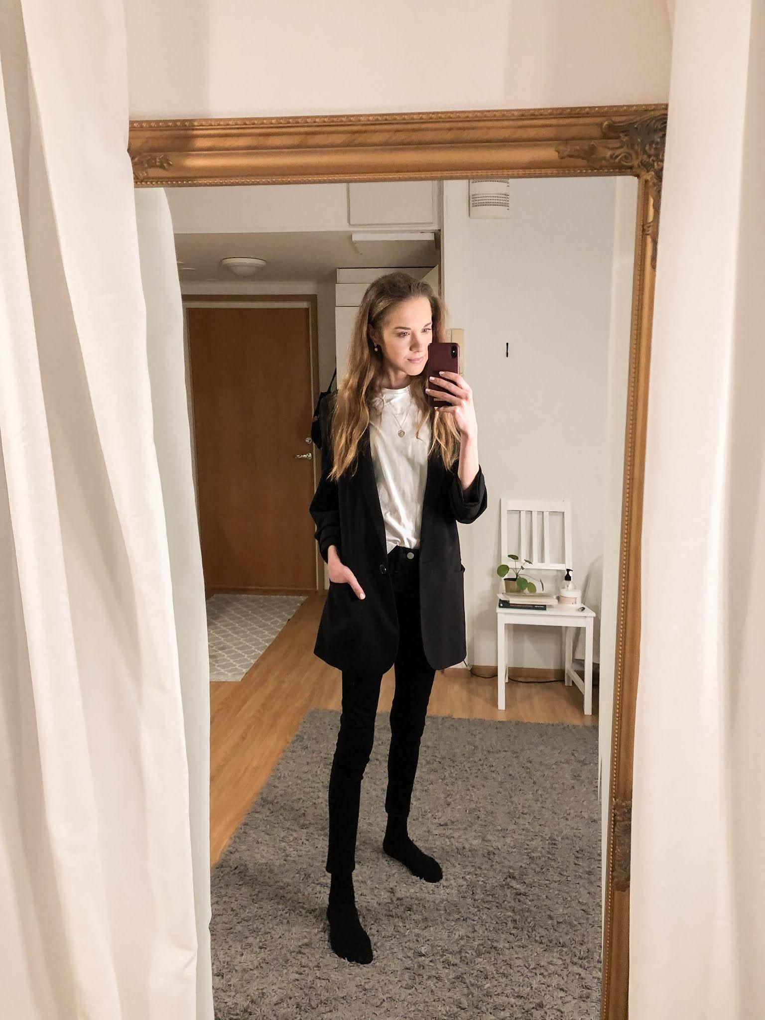 Klassinen pukeutuminen, naisten muoti // Classic style, women's fashion