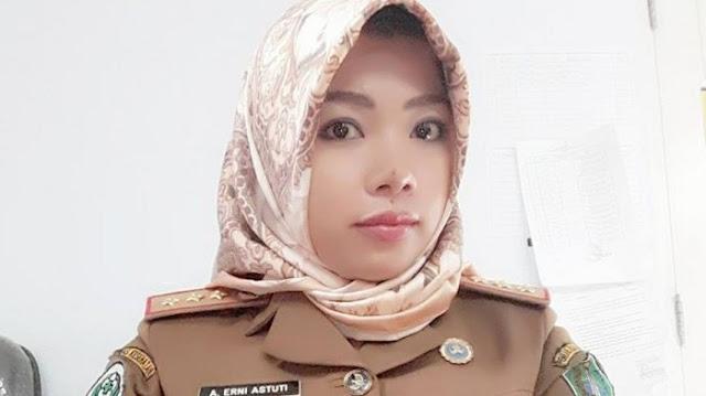 Begini Sosok Andi Erni Astuti, Istri yang Tega Tusuk Ketua DPRD Kolaka hingga Tewas Karena Cemburu!