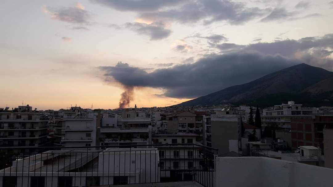 Ξάνθη: Μεγάλη φωτιά κοντά στο πεδίο βολής στο Πετροχώρι