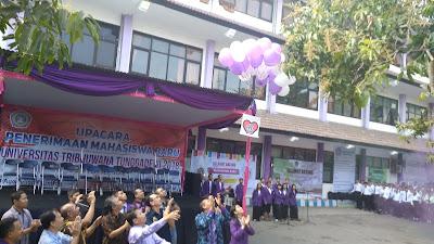 Jumlah Mahasiswa Baru Melonjak, Ini Rencana Yayasan Kedepan, Maba Unitri, Malang, Kampus Murah, Ungu
