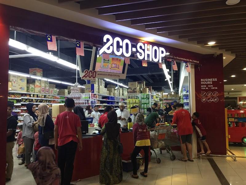 Fenomena Kedai RM2 ECO Shop Menjadi Kegilaan Rakyat Malaysia Masa Kini