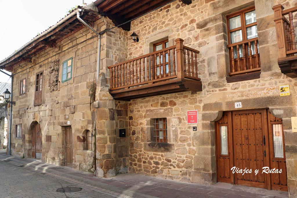 Casa de los Velarde, Cartes