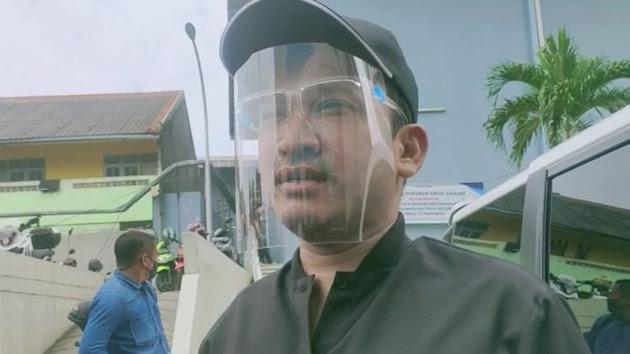 Saking Paranoidnya, Ruben Onsu Suruh Anak Buahnya yang Memasak Makanan di Dapur Meski Berada di Warung Milik Orang Lain!