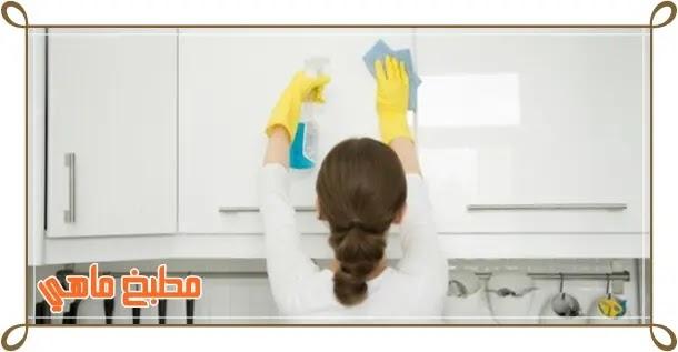 طريقة لازالة الدهون من المطبخ
